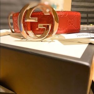 Authentic Gucci Belt. Size women's 7-8